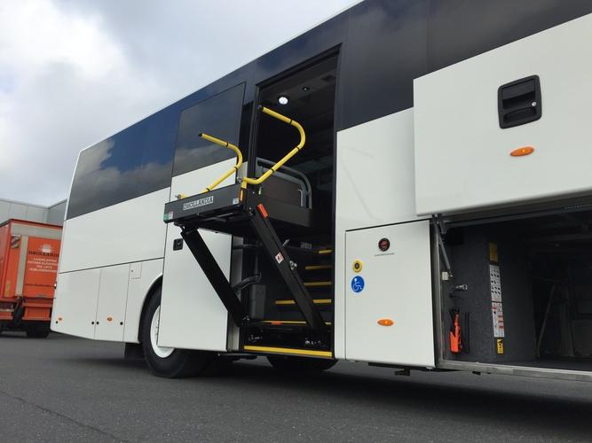 CBM fournit des pièces rechange DHOLLANDIA pour les élévateurs pour véhicules de Transport de Personnes à Mobilité Réduite